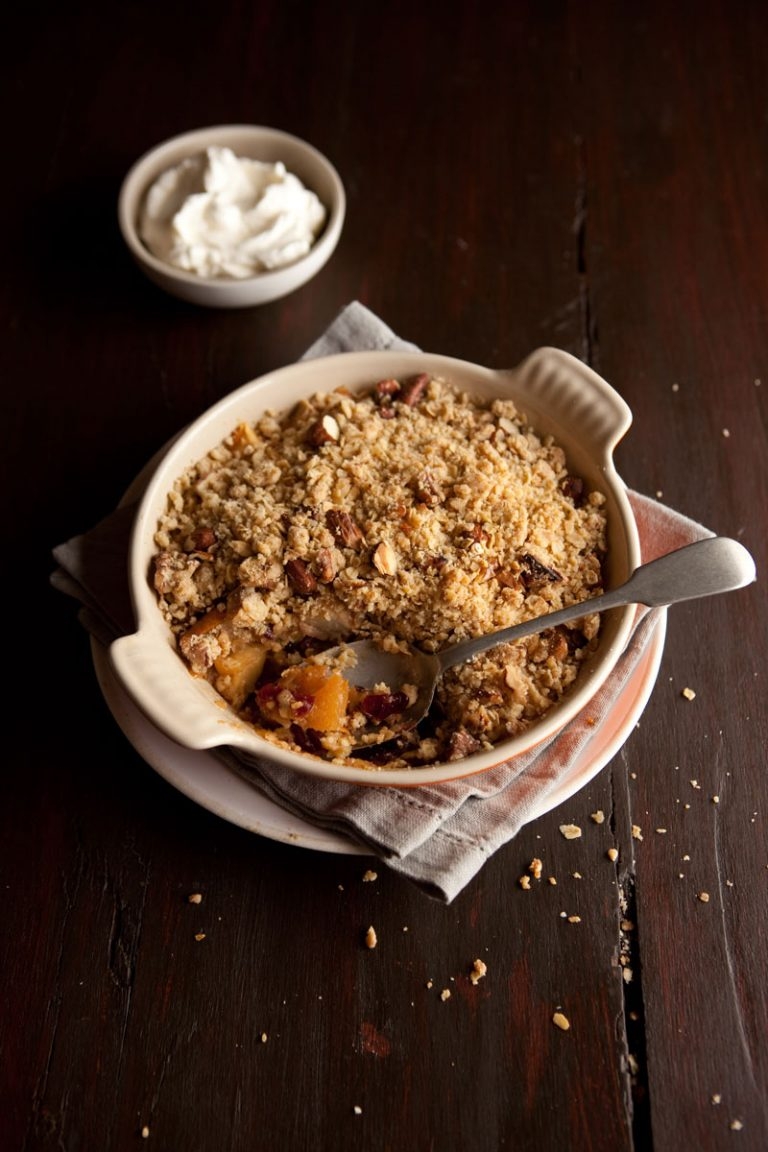 SWEETLY Quick and Easy Apple Crumble